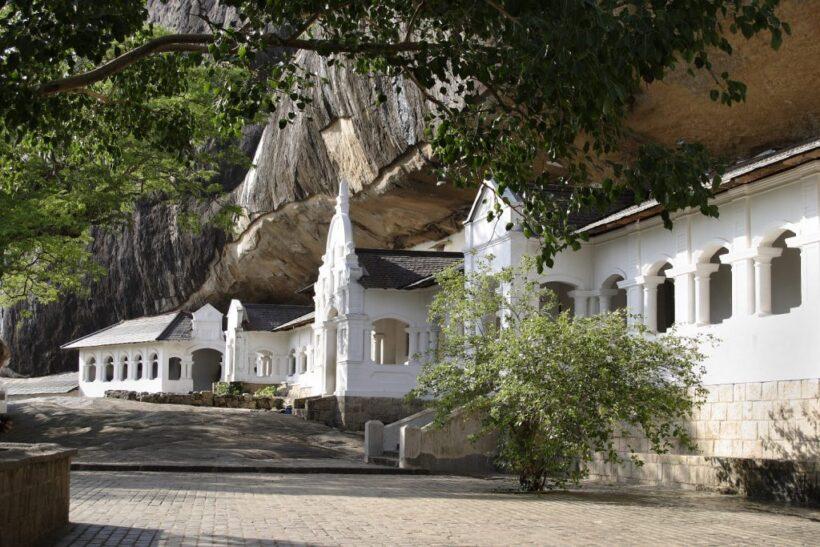 Cave-Temple_Dambulla